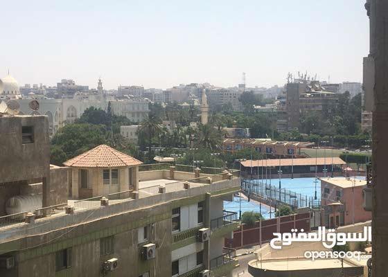 تم تخفيض السعر لسرعة البيع شقة على نادي هيليوبوليس مصر الجديدة