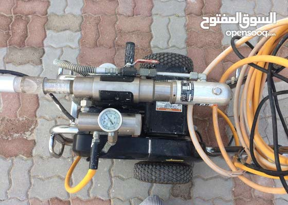 Stucco paste spraying machine, all kinds of paints, epoxy and waterproofed