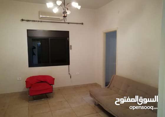 للإيجار شقة في الجديده المتن، للطلاب أو العمال اللبنانيين
