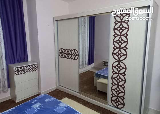 غرفه نوم لامنيت فاخره كفاله سنه 250 دينار فقط