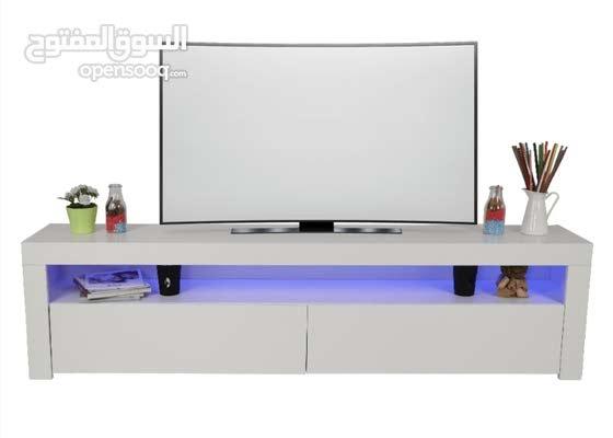 طاولات تلفزيون بإضاءه الشحن مجانا