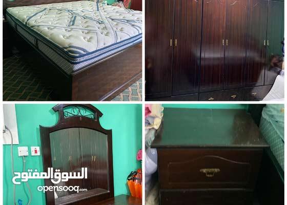 Bedroom in good condition غرفة نوم خشب بحريني