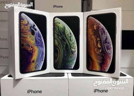 //يوجد خدمة توصيل//iPhone Xs Max //64//جميع الالوان //كفالة سمارت باي//