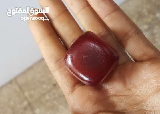 كهرمان فاتوران مكعبات موحد كبدي قديم في اليمن