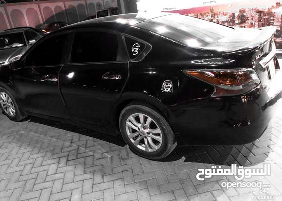 سيارة للبيع التيما 2014