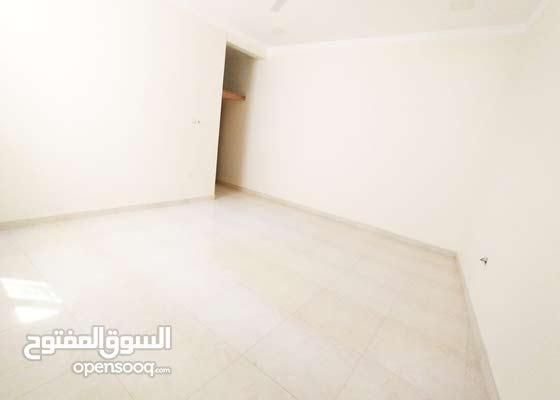 للايجار شقة من 4 غرف و 4 حمامات في البستين