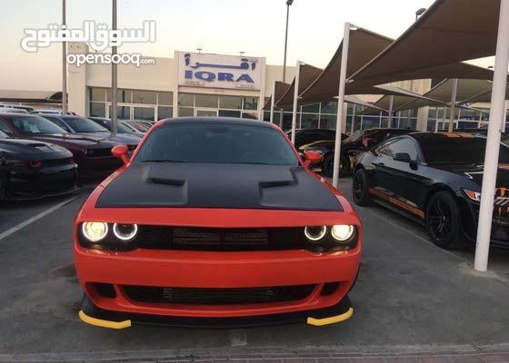 Dodge Challenger SRT 6.4L