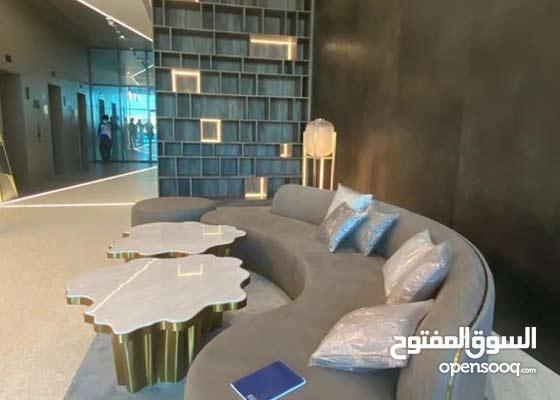 20082/ بقلب دبي غرفة وصاله للايجار باطلالة علي برج العرب