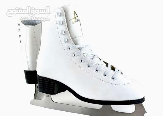 حذاء رياضي من التريكو مبطنة للتزلج على الجليد من American Athletic