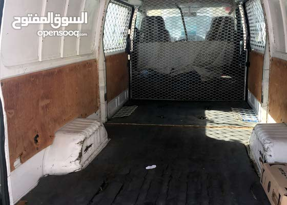 Nissan Urvan 2012 , Cargo Van ,AED 16k,KM 353199