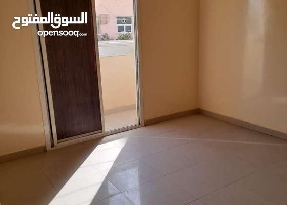 شقه غرفتين سنوى بمنطقة النعيمية بسعر مميز