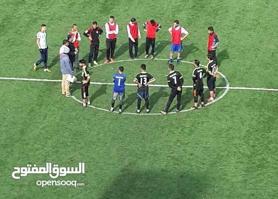 توريد وتركيب ارضيات ملاعب كرة القدم بالعشب الصناعي