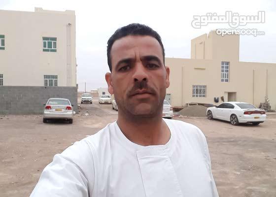 حارس امن مصرى خبره عمل فى الشرطه المصريه  مده الخدمه 17 سنه