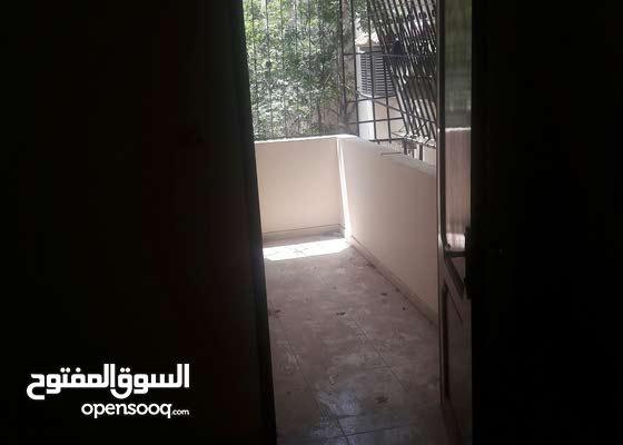 شقة للايجار الرمال محيط جامع الكنز
