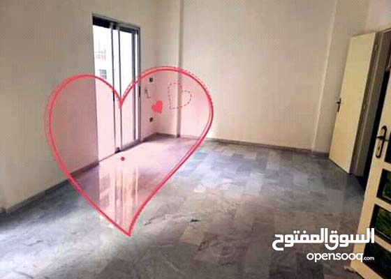 شقة للبيع في بيروت عائشة بكار