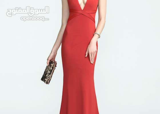 red mermaid dress size medium 400,000