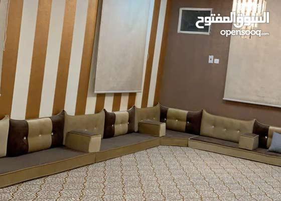 شقه مفروشه للإيجار الصيفي حي الراقي