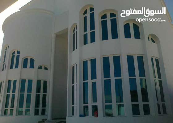 فني ومشرف ابواب ونوافذ upvc