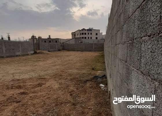 أرض للبيع في حلباء مركز السرح بمحافظة النماص