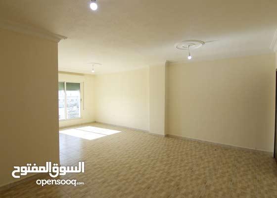شقة للبيع في صويلح خلف شركة اورانج بسعر مميز مساحة الشقة 118م تم تجديد الشقة