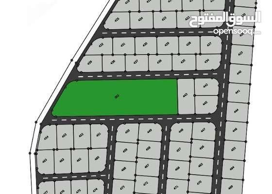 قطعة أرض بالقرب من مطار الملكة علياء