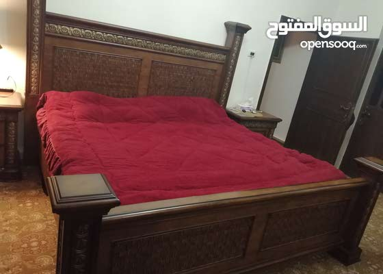 سرير مجوز للبيع بدون فرشه