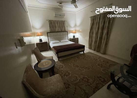 غرف وشقق 5نجوم للايجار اليومي والاسبوعي 5-star rooms and apartments for daily and weekly rent