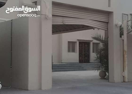 للايجار فيلا شمال الدحيل خلف جمعية الميره ومصلى العيد ومقابل جماعة قطر