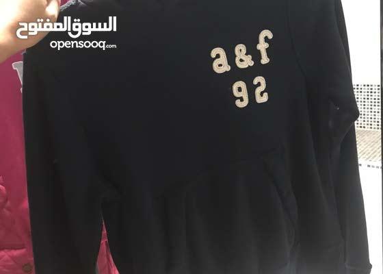 neutral Shetland Sombreado  Abercrombie & fitch, NIKE - (129433562)   Opensooq