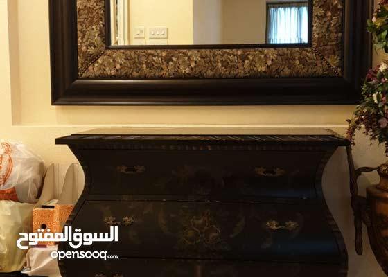 كونسول ومرآة فخمين