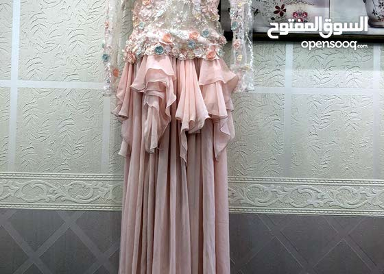 فستان للبيع العيسائي