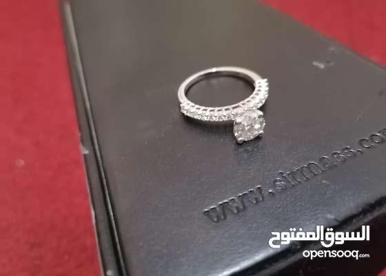 خاتم الماس مستعمل ولكنه جديد لم يستخدم ابدا