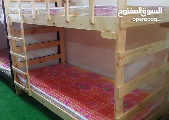 سرير طابقين خشب صلد (تخت) صناعة ممتازة