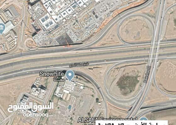 مباشره من المالك سكني تجاري مقابل مول عمان مط300 الف