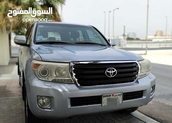 Toyota Land Cruiser GXR 2012