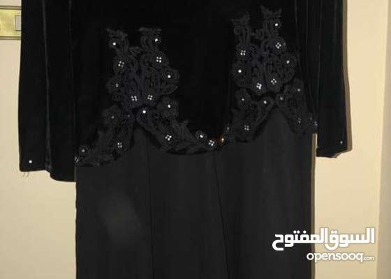 للبيع فستان اسود مقاس 46