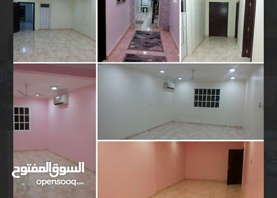 للبيع بيت في مدينة عيسى بالقرب كارفور