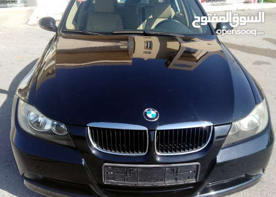 BMW 2006 black 4 celender