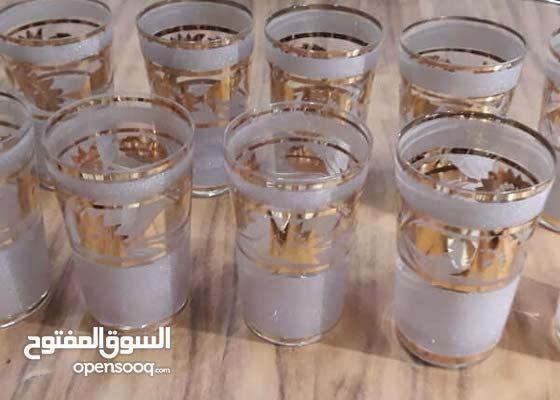 طقم كاسات موديل قديم مطلي بماء الذهب