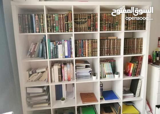 25-shelves Book Cabinet - مكتبة مع 25 رف