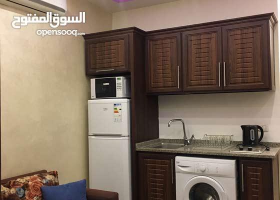 شقة مفروشة غرفة وصالة للبيع في عبدون