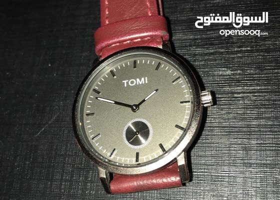 ساعة فخمة ماركة من شركة تومي العالمية