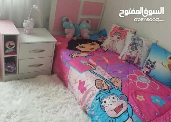 غرفةة نوم بناتي بحالة الجديد للبيع