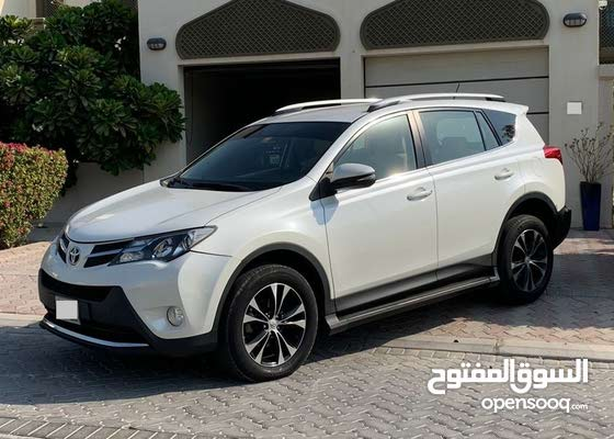 Toyota RAV4 GCC Specs White 2013 AWD Low KMs Full Ops