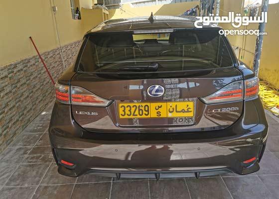 لكزس سي تي 200 وكالة عمان آتشباج كهربائية فريدة في فئتها