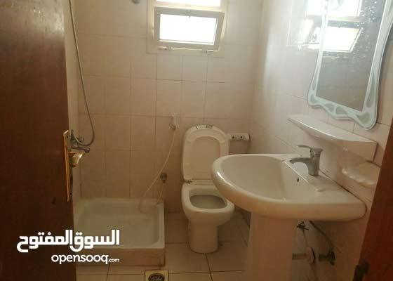 شقق بدون فرش للايجار السنوي في عجمان