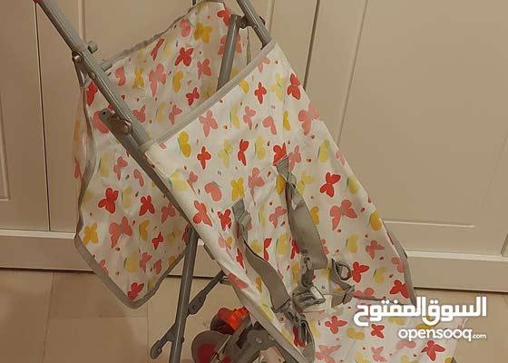 للبيع عربتين اطفال + مقعدين اطفال