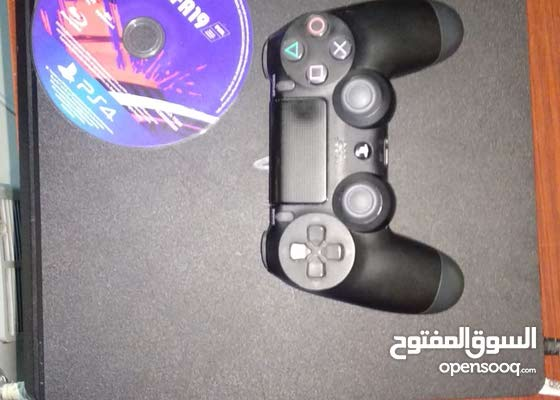 ps4 500gb with 1 controller and fifa 19