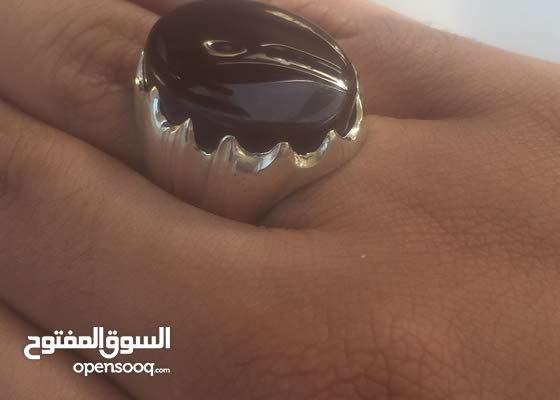 خاتم فضه عيار 925 بحجر عقيق يماني كبدي صافي