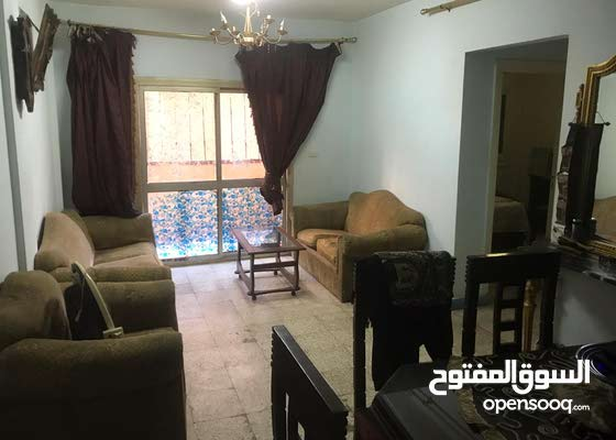 شقة متميزة للبيع بمدينة نصر خلف النادي الأهلي
